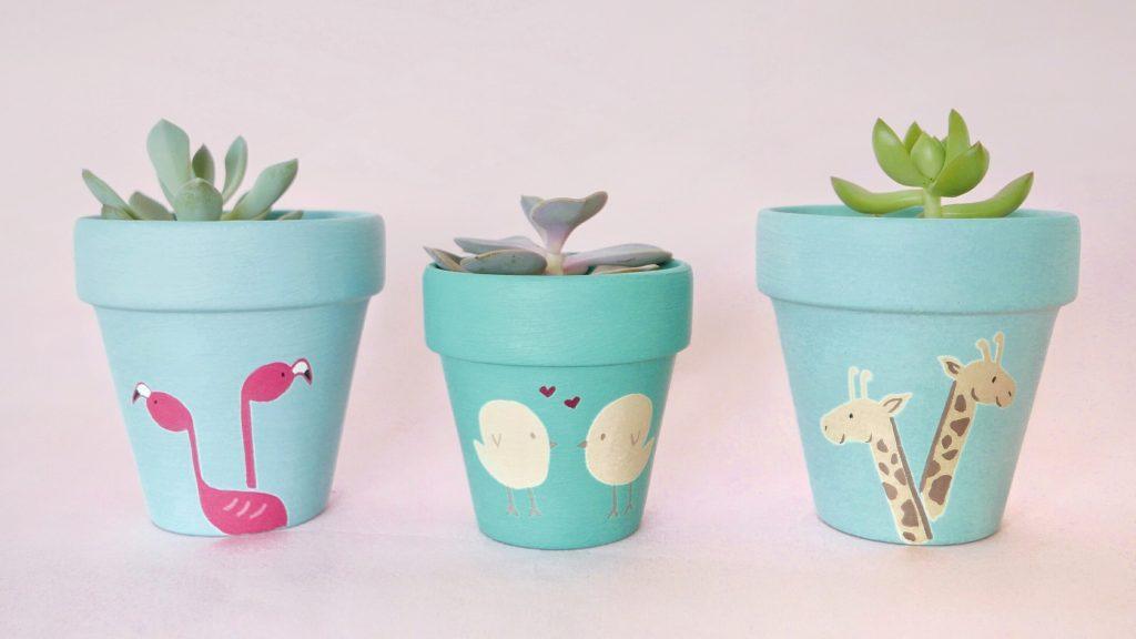 Flamingos, Lovebirds, Giraffes Pots